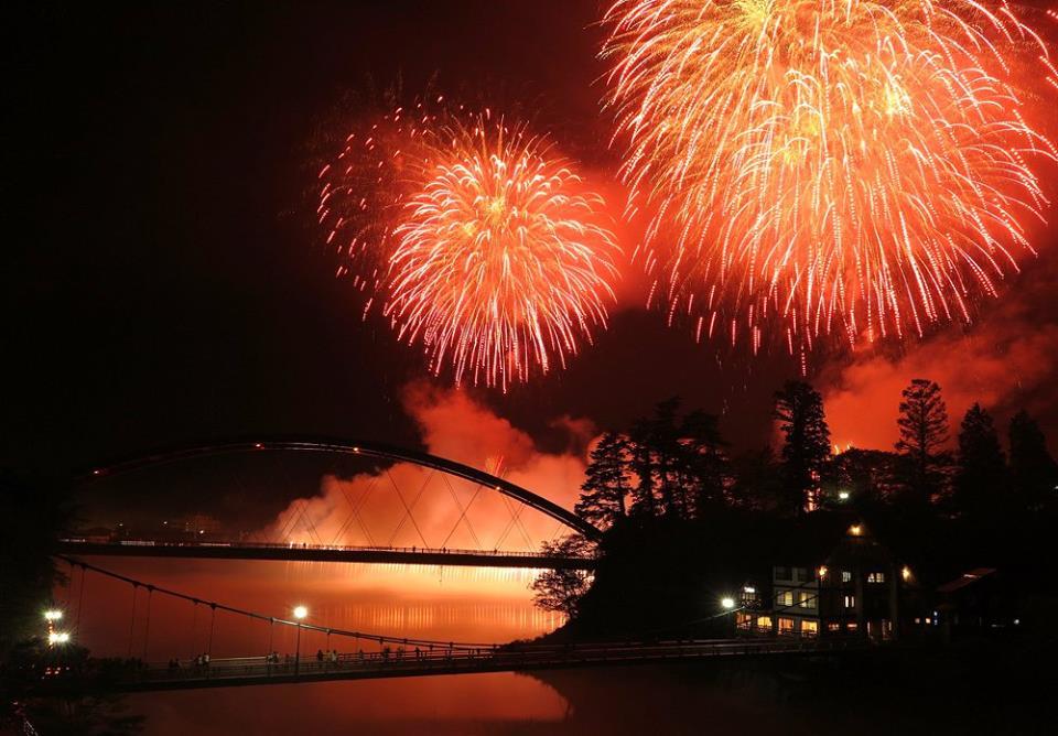Hanabi taikai (Fire works festival)