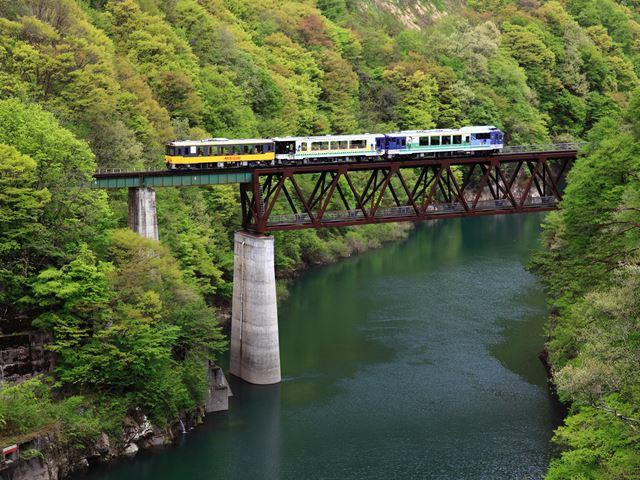 橋上お座トロ列車_R