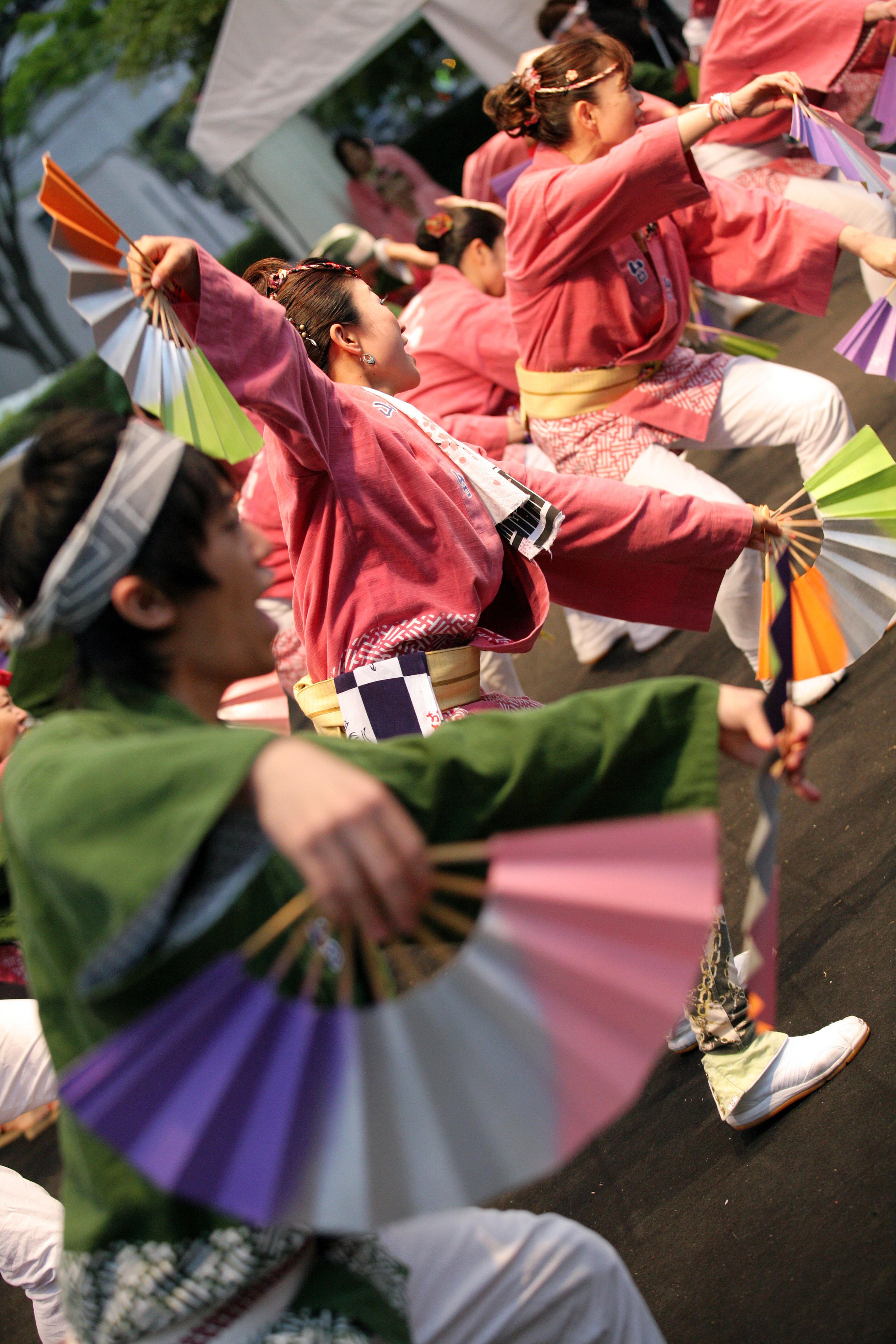 すずめ踊り2(要クレジット表記)写真提供:仙台・青葉まつり協賛会